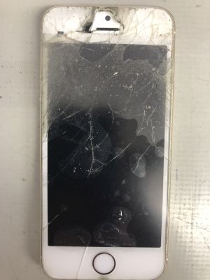 iPhone5Sガラス割れ バッテリ交換 from 大分市牧