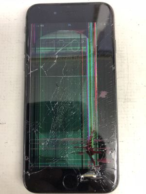 iPhone8液晶故障 ~佐伯市