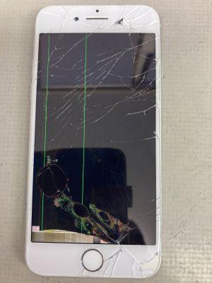 iPhone8液晶破損 ~大分市下郡