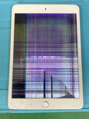 iPad mini3液晶も割れ ~大分市小池原