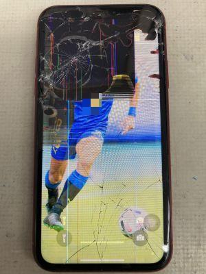 iPhoneXR画面液晶割れ ~大分市明野
