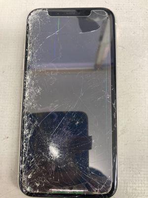 iPhone11画面縦線 ~大分市京が丘